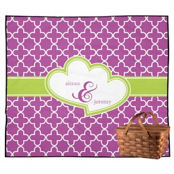 Clover Outdoor Picnic Blanket (Personalized)