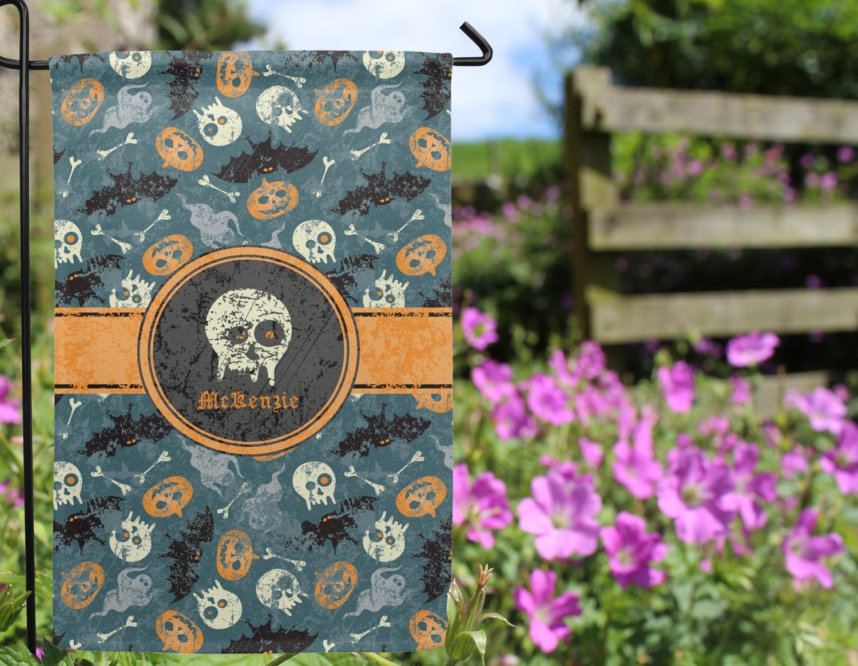 ... Vintage / Grunge Halloween Garden Flag   Outside In Flowers ...
