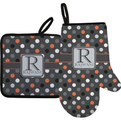 Gray Dots Oven Mitt & Pot Holder (Personalized)